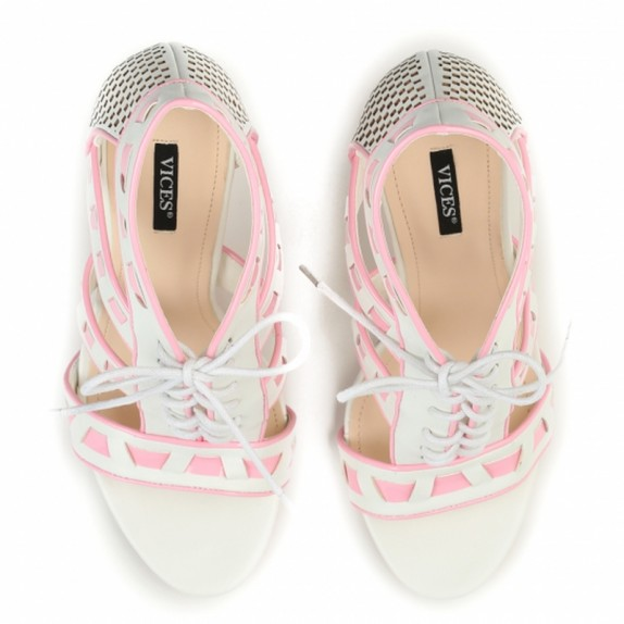 Sandały szpilki wiązane Pam białe
