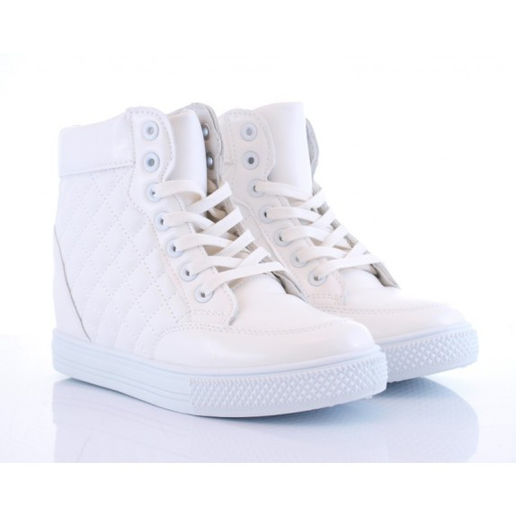 Sneakersy botki koturn pikowane Carol białe